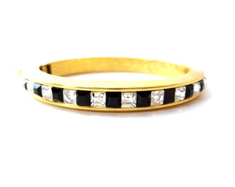 Unsigned Hollywood Classy Alternating Square Shaped Black & Clear Rhinestone Thin Gold Tone Metal Clamper Bracelet
