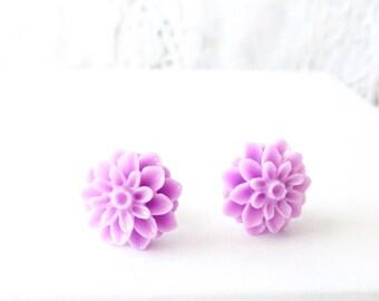 Lavender Flower Stud Earrings - Mum Earrings - Crysanthimum - Post Earrings