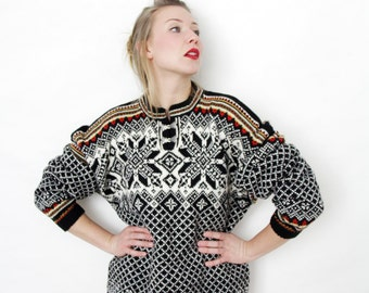 Vintage sweater / Nordic knit jumper / size L-XL