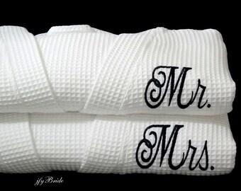 Wedding Robes, Mr Mrs Robes, Cotton Anniversary Gift for Him, Cotton Anniversary Gift for Husband, Couples Anniversary Gift, Set of 2 Robes