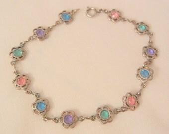 Pretty flower pastel crystal Bracelet