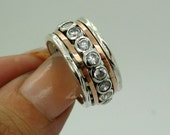 Gorgeous 9k  Gold and Sterling Silver CZ Swivel Band Ring size 8