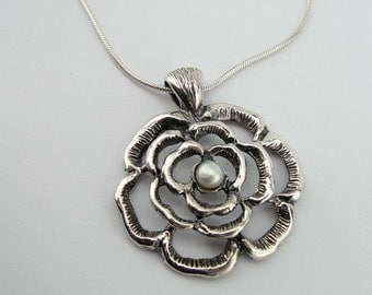 Pearl Silver Pendant, Sterling Silver Flower Pearl Pendant, Flower Necklace, Pearl Necklace, Birthday Gift, Bridesmaid pendant