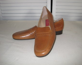 vintage Butterscotch Leather Flats by Cole Haan - size 9 1/2 narrow