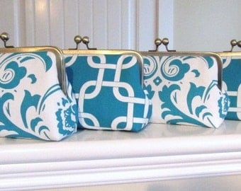 SALE 20% OFF Set Of 4  Turquoise And White Custom Bridesmaid Clutches,Bridesmaid Gifts,Bridal Accessories,Wedding Accessories
