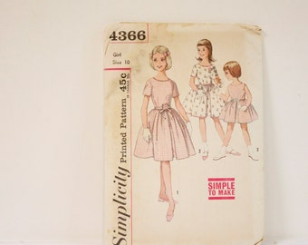 Vintage Girl's Dress - 1960s Simplicity Girl's One piece dress Pattern 4366 Size 10 - Flower Girl dress