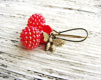 Beaded Berry Earrings Honey Bee Charms Minimalist Fruit Nature Garden Botanical Delicate Lightweight Simple Red Berries Long Dangles