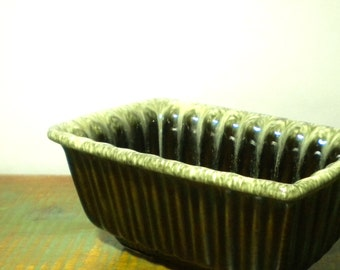 Vintage Hull Pottery Drip Glaze Avocado Green &  Pale Yellow HEAVY Rectangular Planter