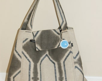 Large Tote Bag with quilted lining.