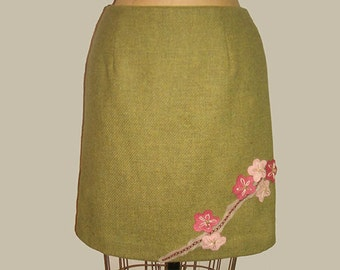 Upcycled Skirt  With Felt Cherry Blossom Flower Floral  Applique Size 4 Green Wool