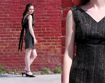 Vintage 70s Silver & Black Dress Sexy Summer Cocktail Party Mini Dress Sleeveless V Neck Short w Train XS 2 4