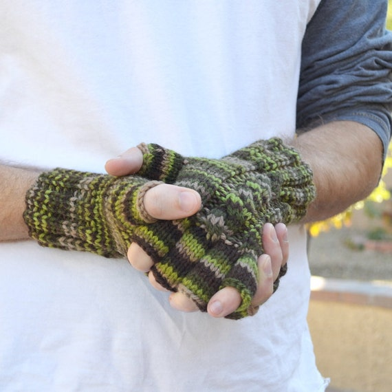 Men's knit gloves fingerless camouflage moss green 100% wool Christmas