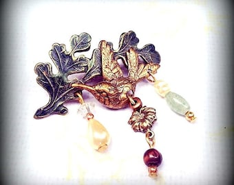 Vintage - Romantic Hummingbird and Beaded Brooch - Antique Gold with Pearls