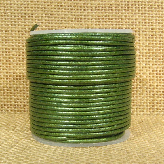 1 5mm Round Indian Leather Green Metallic 250 From