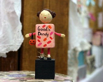 Candygirl the Trick-or-Treater Figurine