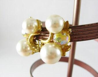 Gold and Pearl Earrings, Aurora Borealis Earrings, Vintage Beaded Earrings, Gold Clip On Earrings, Faux Pearl Earrings, Dressy Earrings
