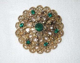 Vintage Brooch Pin Gold Tone with Green Rhinestones Round Costume Jewelry