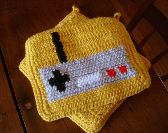 Video Game Controller Potholder, Yellow Crochet Potholder, Gift for Gamer, Game Nerd, Geek, Geekery Gift for Men or Women MADE TO ORDER