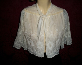 Vintage 1950s Embroidery and Lace Bed Jacket By Iris
