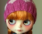Knitted hat for Blythe in Dianthus