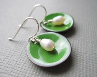 Hunter Green Modern Minimalist Earrings White Pearl