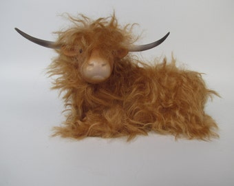 Scottish Highland Cow Relaxing, Porcelain and Mohair