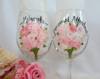 Hand Painted Flower Bouquet Wine Glasses, PERSONAL ATTENDANT Gifts, Bridal Wine Glasses, Bridesmaids Glasses, Wedding Gifts, Hostess Gifts