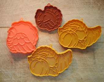 Hallmark Thanksgiving Turkeys and Cornucopia Cookie Cutters