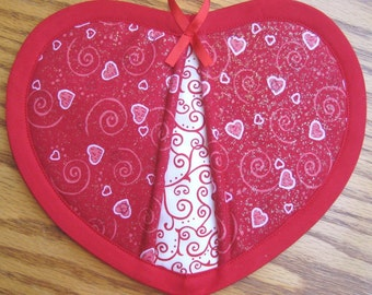 Hearts and Swirls Potholders - Set of 2