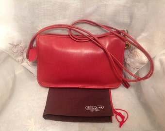 Vintage Coach 80s City Shoulderbag Preppy Chic Classic Traditional Orange Red Retro Purse