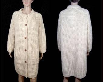 1960s 1970s chunky cream virgin wool sweater coat - Large - XL - Aran fisherman - full white satin lining - handloomed knit  - Ireland