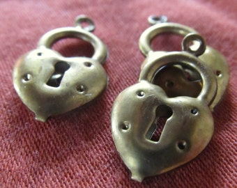 1cm textured bronze tone keyhole heart beads- 3 quantity