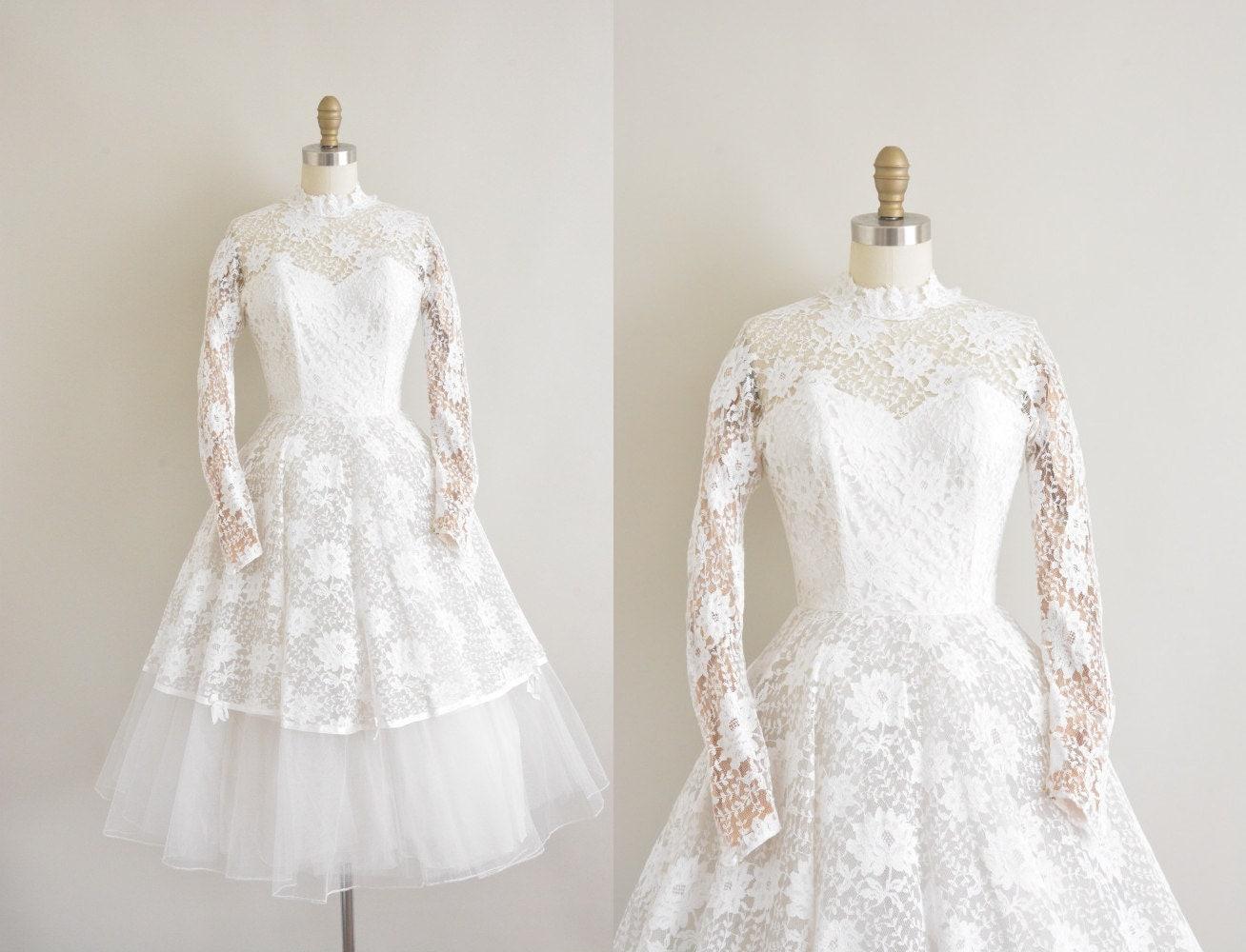 robe de mariée Vintage années 50 / 50 s blanc dentelle thé