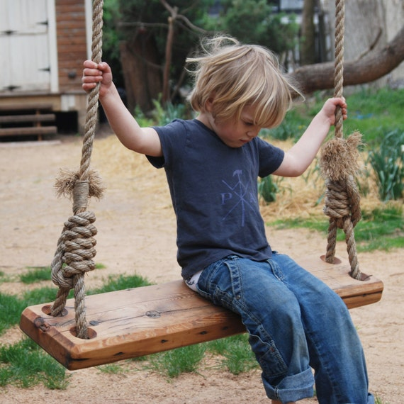 Olde-Fashioned Tree Swing – 36″ by Peg and Awl