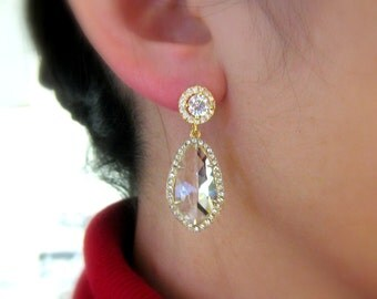 wedding earrings bridal bridesmaid gift gold round cz post earrings with clear white quartz drop framed with cubic zirconia halo drop