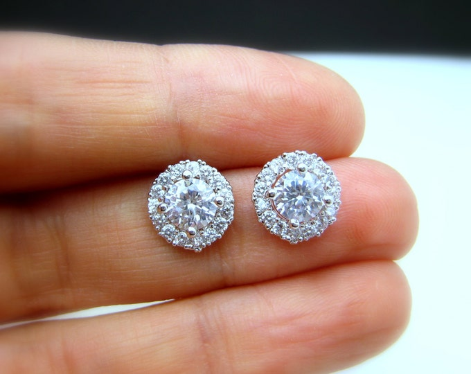 SALE Set of 4 5 6 7 8 9 10 pairs bridal wedding prom christmas party bridesmaid earrings round halo cubic zirconia post silver earrings stud