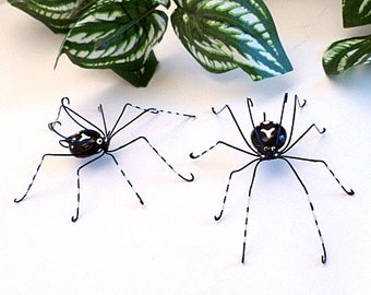 Unique Spiders for Home Decorating Two Copper Wire Bugs Window Sill Art Pet Spiders for School Lockers Bug Ornaments Birthday Gifts 4 Inch