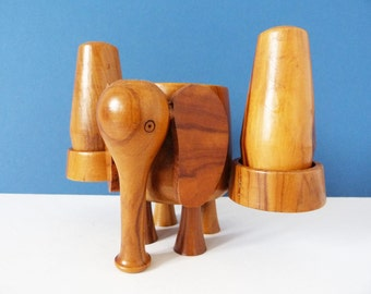 Vintage wooden Olive wood salt & pepper pots