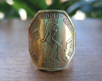 NYC New York City Show World Center Vintage Peep Show Token Ring with Brass Band Mens Womens Unisex Jewelry