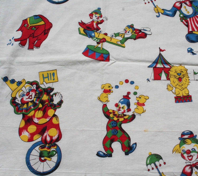 Vintage children 39 s circus fabric clowns lions elephants for Childrens elephant fabric
