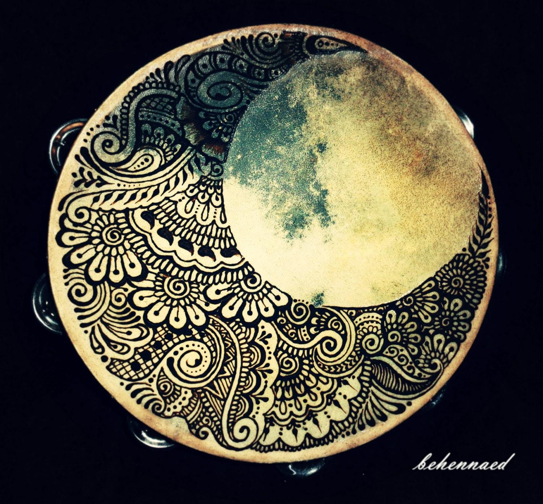 Mehndi Crescent Moon : Crescent moon hennaed tambourine
