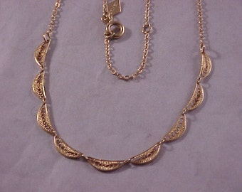 Sarah Coventry Gold Plated Necklace
