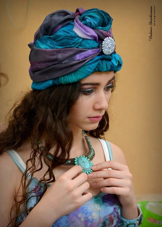 """Turquoise embroidered necklace """"Vintage"""" Handmade Jewelry"""