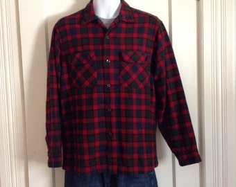 Vintage 1950's Pendleton Rockabilly Shadow Plaid wool Mens loop Shirt size Large Red