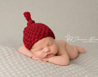 Newborn Knot Hat in Cranberry Red