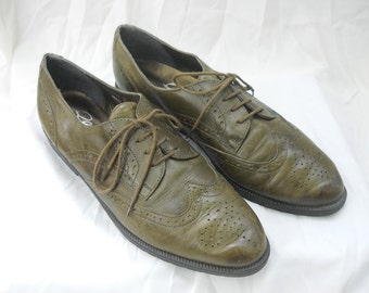 GLACEE Olive Leather Eyelet Lace Up Lowtop Oxfords