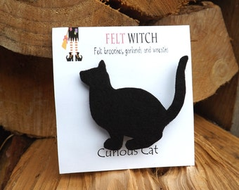 Black Cat Brooch, Curious Cat Pin, Felt Cat, Cat Brooch, Cat Jewellery, Cat friend gift, Black cat art, Cat lover gift, cat badge,