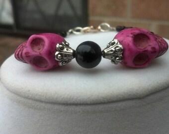 Pink  & Black skull beaded bracelet