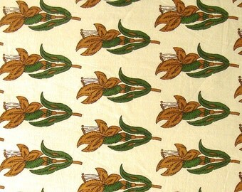indian cotton fabric - floral motifs on cream - hand printed - 1 yard - ctjp155