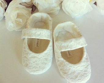 Lace Flower Girl Shoes, Baby Girl Shoes, Toddler Girl Shoes, Ivory Lace Mary Janes, White Lace, Blush Lace, Shabby Baby